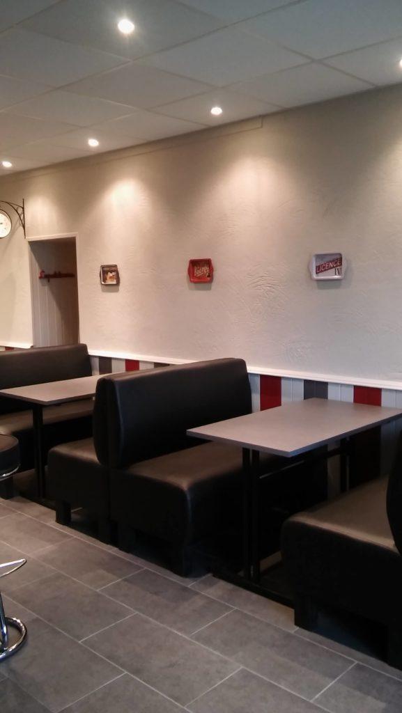 fersilva-electricite-generale-saint-georges-les-baillargeaux-led-plafond-restaurant